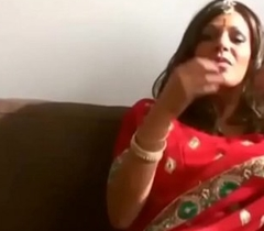 Hot bhabhi ki gand and black dark fur pie fucking hard
