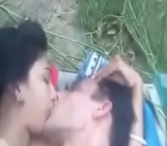 Bhabi receives fucked open-air unconnected with BF
