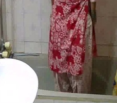 indian babe meenal sood apropos selfshot shower video stripping naked and exposing